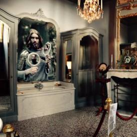 Uldus's work is exhibited in Brussels, at the Gaasbeek Castle